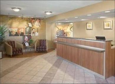 фото Red Roof Inn Philadelphia Airport Hotel 686281423