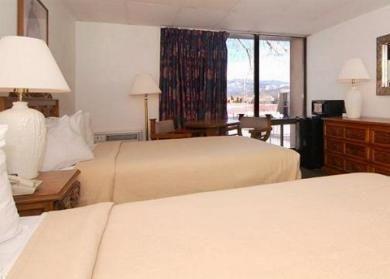 фото Quality Inn Taos 686342299