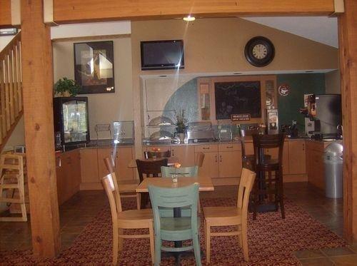 фото AmericInn Lodge & Suites Ham Lake 686388208
