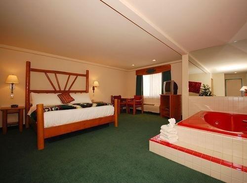 фото Best Western Kentwood Lodge Hotel 686401851