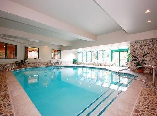 фото Best Western Kentwood Lodge Hotel 686401852