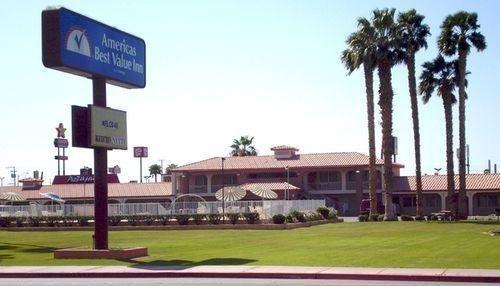 фото Americas Best Value Inn Blythe 686459351