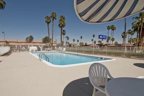 фото Americas Best Value Inn Blythe 686459357