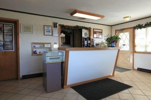 фото Americas Best Value Inn Suburban Motel 686459880