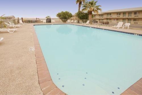 фото Americas Best Value Inn Eagle Pass 686484542
