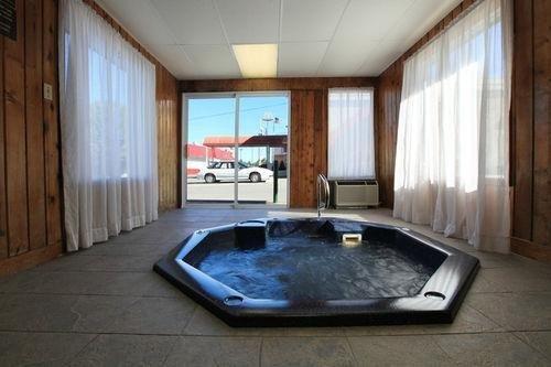 фото Americas Best Value Inn Beckley 686503432