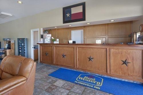 фото Best Western Floresville Inn 686506176