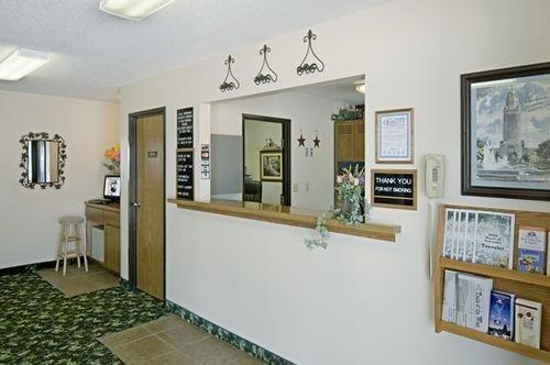 фото Americas Best Value Inn & Suites 686510081