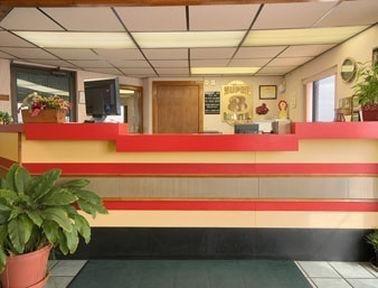 фото Super 8 Motel - Clinton 686523125