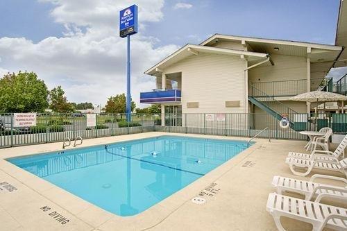 фото Americas Best Value Inn - Goldsboro 686527795