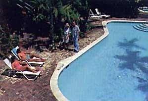 фото The Gardens Hotel 686528126