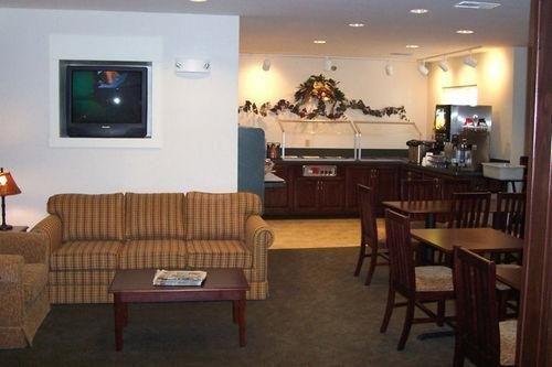 фото Hawthorn Suites by Wyndham Akron/Seville 686545379