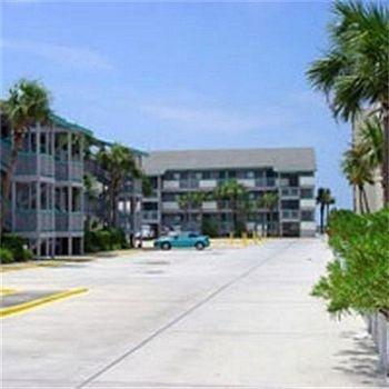 фото SunSwept Condominiums 686555948