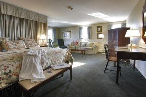 фото The Inn at Mystic 686557455