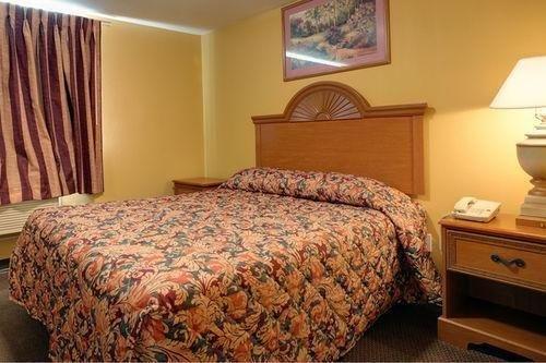 фото Americas Best Value Inn-Nacogdoches 686573271