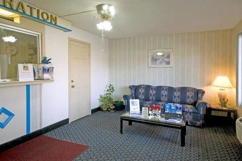 фото America`s Best Value Inn - Roxboro 686592362