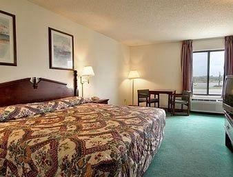 фото Super 8 Motel Lincoln 686621723