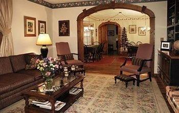 фото Lovill House Inn 686656519