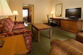 фото Drury Inn & Suites Middletown 686693740