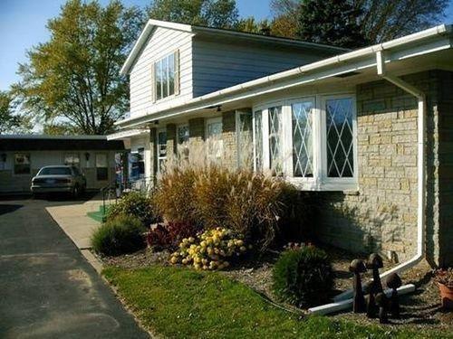 фото Budget Host Inn - Long Prairie 686695256