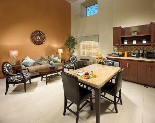 фото Portola Inn & Suites Buena Park 686696643