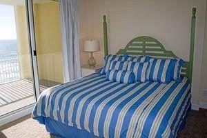 фото ResortQuest Rentals at Ocean Reef Condominiums 686698965