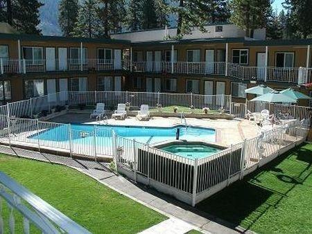 фото Alpine Inn & Spa 686713364