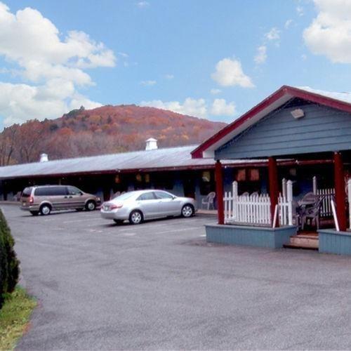 фото Pleasant Valley Motel West Sto 686715590