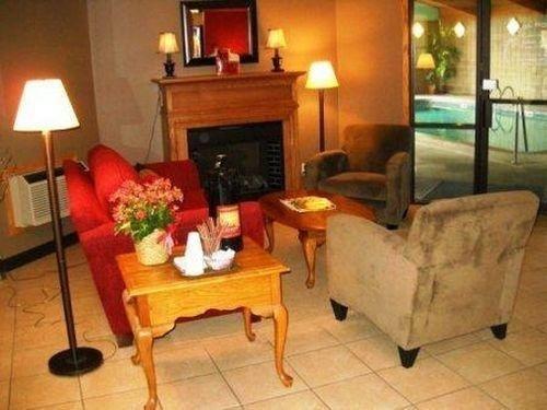 фото GuestHouse International Hotel Sauk Centre 686724950
