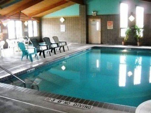фото GuestHouse International Hotel Sauk Centre 686724958