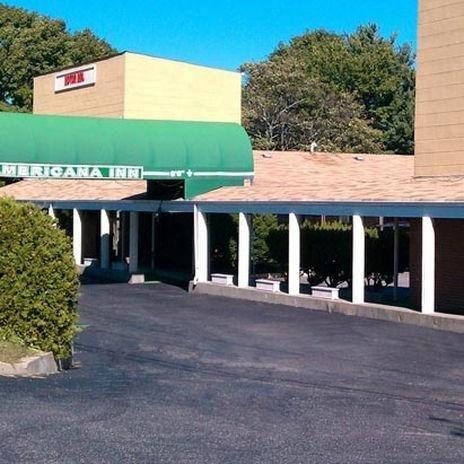 фото Americana Inn Farmingdale 686750257