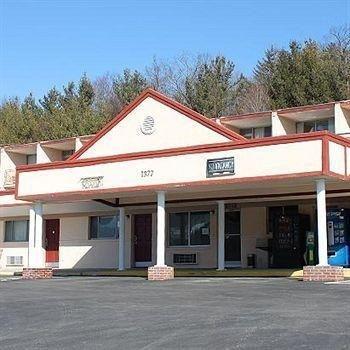 фото Greenes Motel Boone 686759897