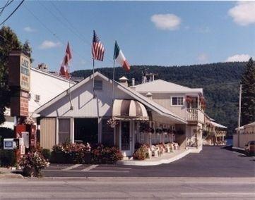 фото The Lake Motel 686829068