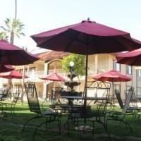 фото Saddleback Inn & Suites 686968048
