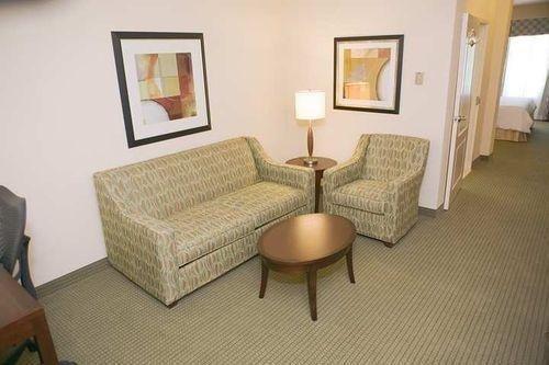 фото Hilton Garden Inn Beaumont 687032960