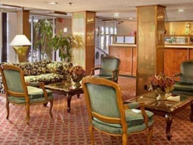 фото Ramada Inn Burbank Airport 687042251