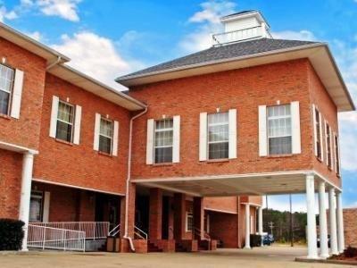 фото Best Western Collins Inn & Suites 687058150