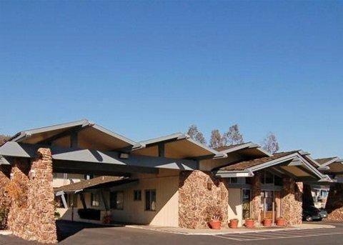 фото Rodeway Inn San Diego North Rancho Bernardo 687087300