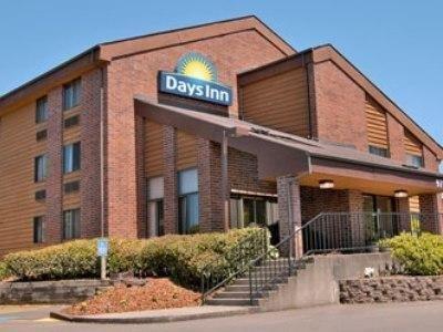 фото Days Inn Clackamas / Portland 687087433