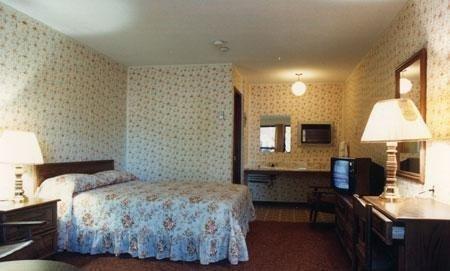 фото Knights Inn Niagara Falls ON 687119946
