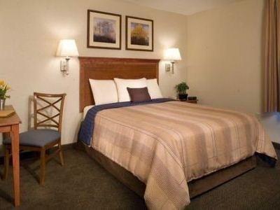 фото Candlewood Suites Western Crossing 687155523