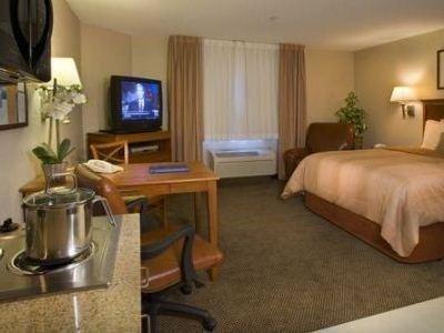 фото Candlewood Suites Western Crossing 687155524