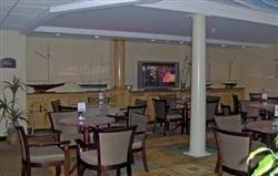 фото Holiday Inn Exp Carneys Pt Nj Trnpk E1 687163641