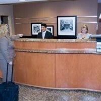 фото Hampton Inn and Suites 687233856