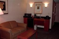 фото Holiday Inn Express Auburn Hotel 687245480