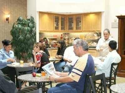 фото Hampton Inn Santa Cruz 687277497
