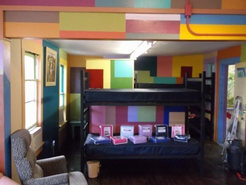 фото Prescott International Travelers Hostel 688052986