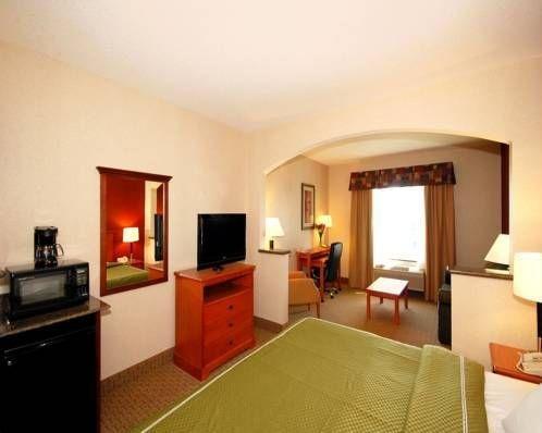 фото Comfort Suites Redmond Airport 690361379