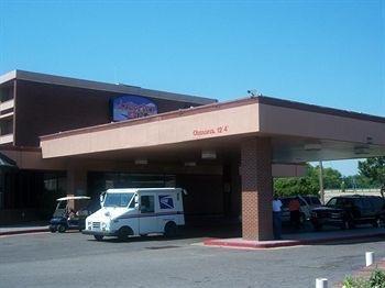 фото Airport Inn 693312827