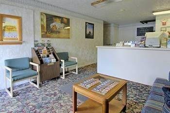 фото Travel Inn 693313080